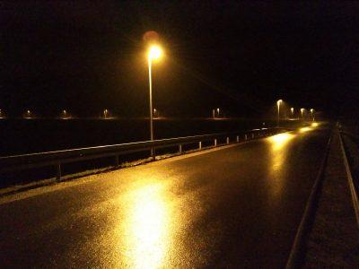 Straßenbeleuchtung am Hilterweg Ecke Upheider Weg